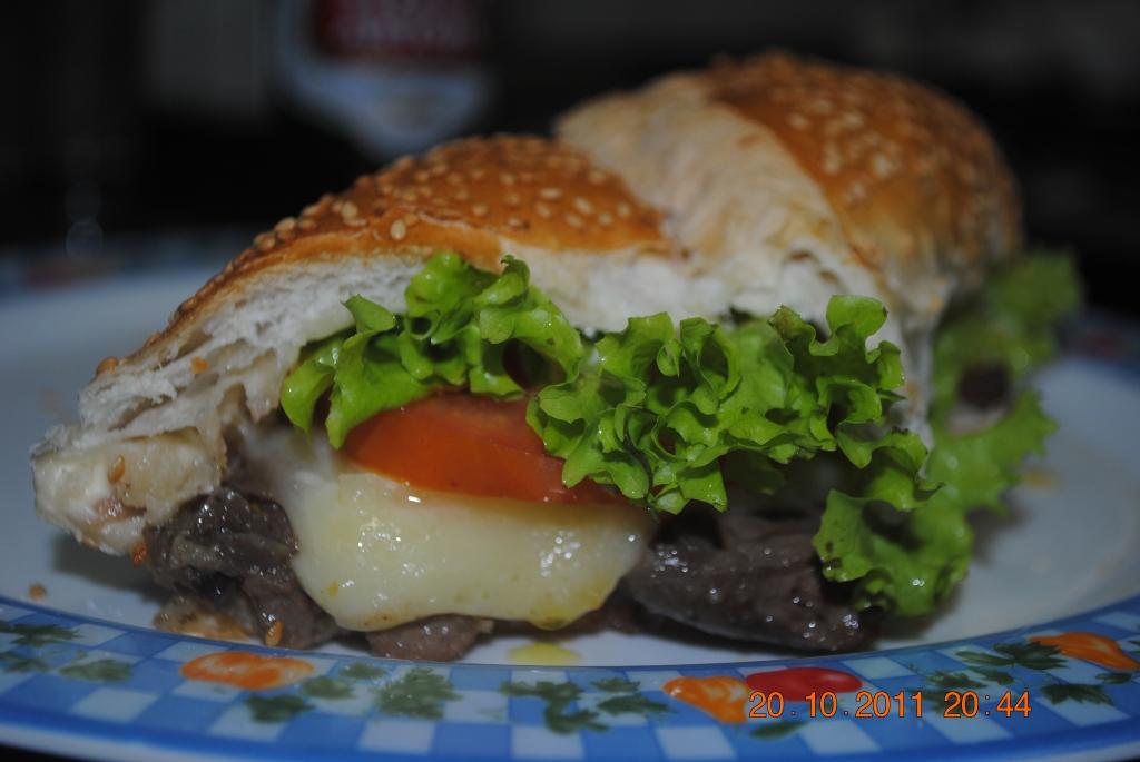Sanduiche de coração de frango